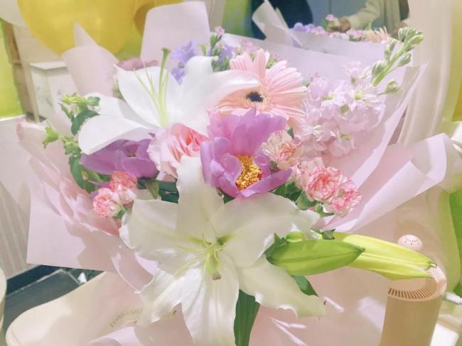 """浪漫温馨的生日会,让莎蔓莉莎苏州顾客王静成为""""最美女主角"""""""