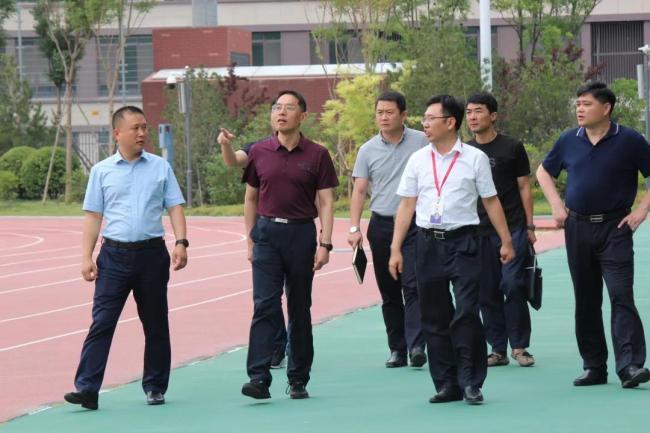 济南市教育局总督学成刚一行到托马斯学校调研