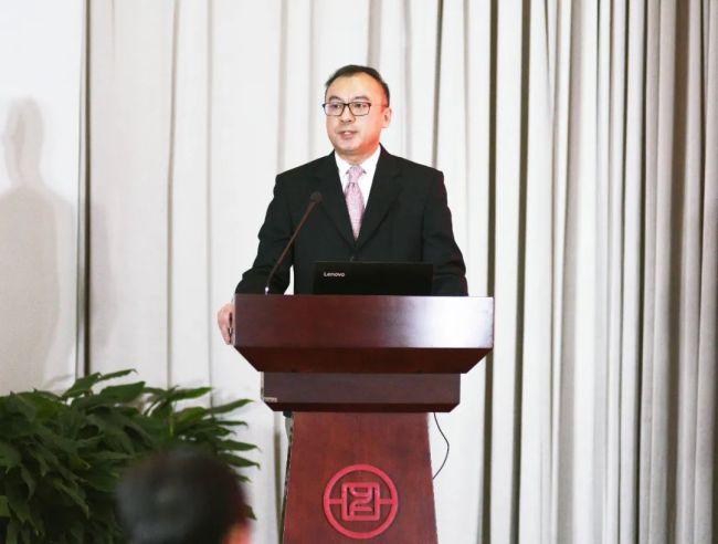 感受老党员的风采,对话银丰投资集团副总裁、银丰地产集团董事长李斌