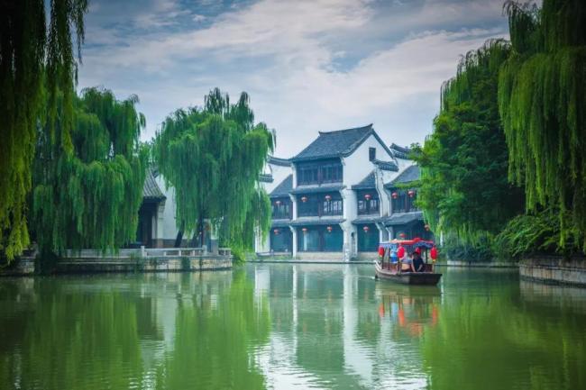 嘉华旅游 尽享夏日清凉,台儿庄古城暑期学生免票优惠进行中