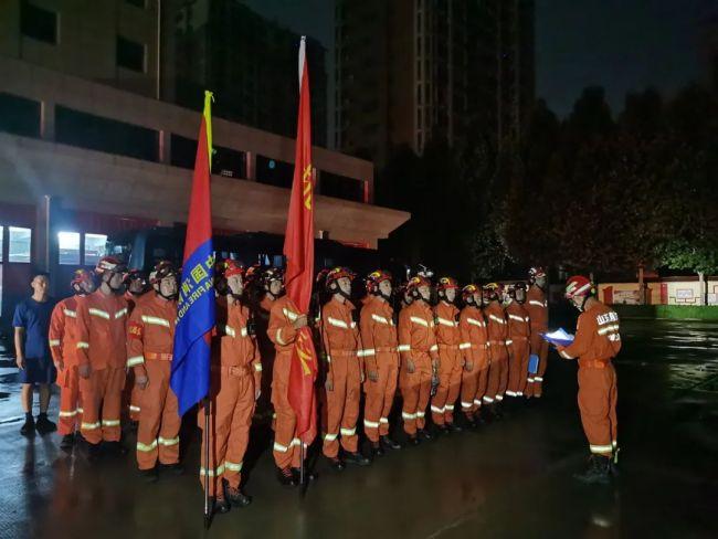 山东、河北等七省紧急驰援河南防汛抢险救灾