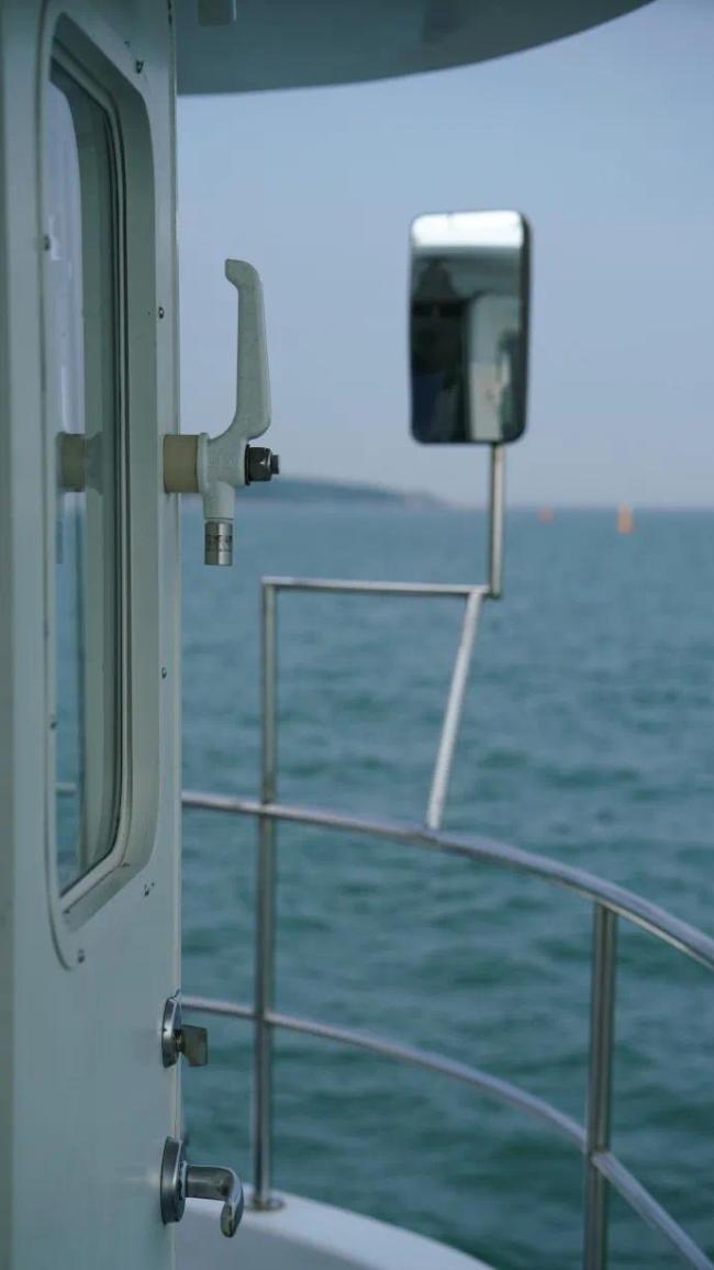 """置身""""洗眼""""的海蓝与翠绿,让25℃的刘公岛拯救你的炎热夏季"""