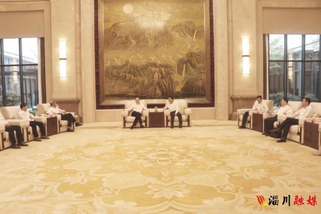 马晓磊会见吉利集团副董事长杨健一行,就淄博与吉利深化合作进行深入洽谈