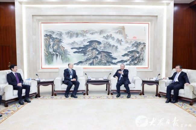刘家义、李干杰会见出席中国企业论坛嘉宾代表
