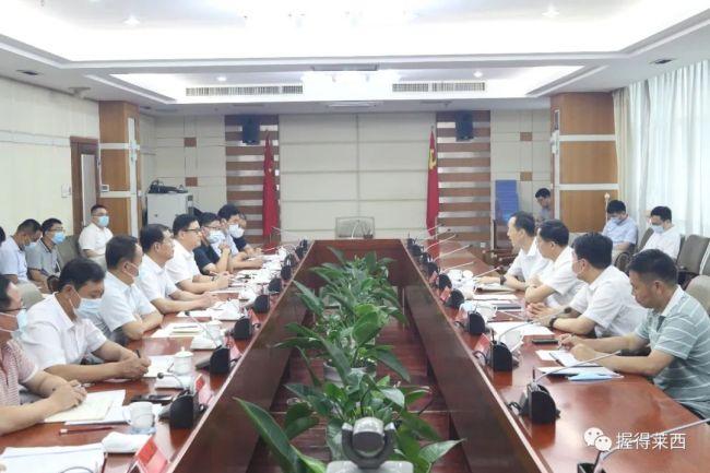 青岛市委副书记惠新安督导检查莱西安全稳定和疫情防控工作