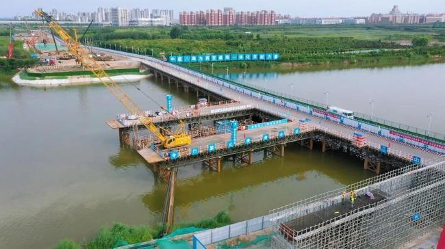 咸阳渭河大桥便桥正式通车 方便渭河两岸群众出行