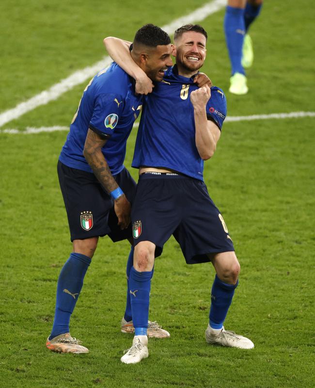 欧洲杯冠军+欧冠冠军 今年这两位球员成双冠王