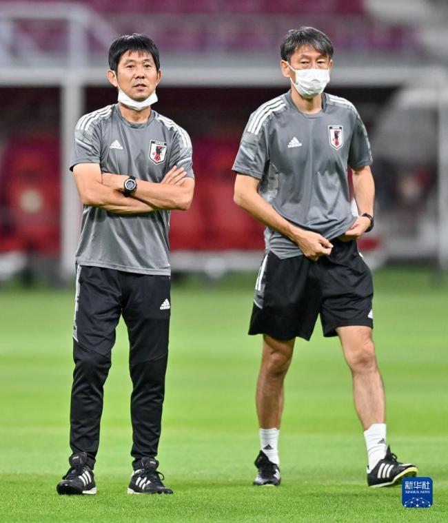 世预赛12强赛:日本队进行赛前训练