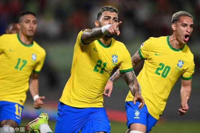 [图]马尔基尼奥斯破门 巴西3比1逆转委内瑞拉