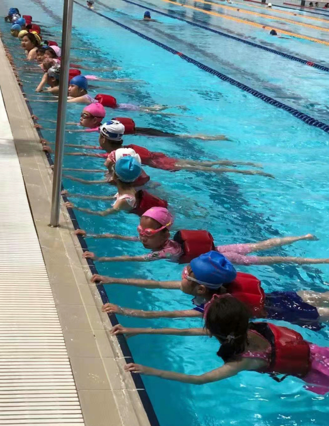 体育教育新亮点!太原这所小学开设了游泳实践课