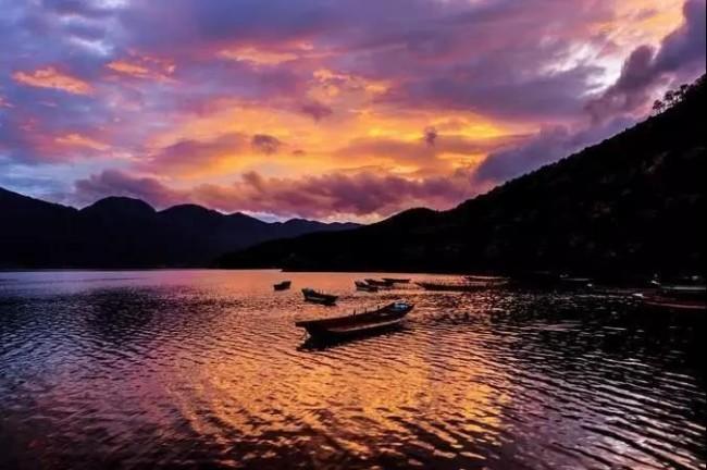 泸沽湖,遇见最美的风景。