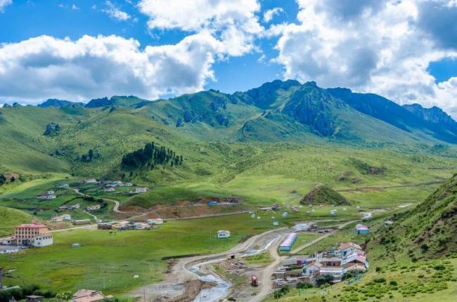 比新疆绚丽,比西藏大气,被孤独星球评为亚洲最佳旅行地Top1
