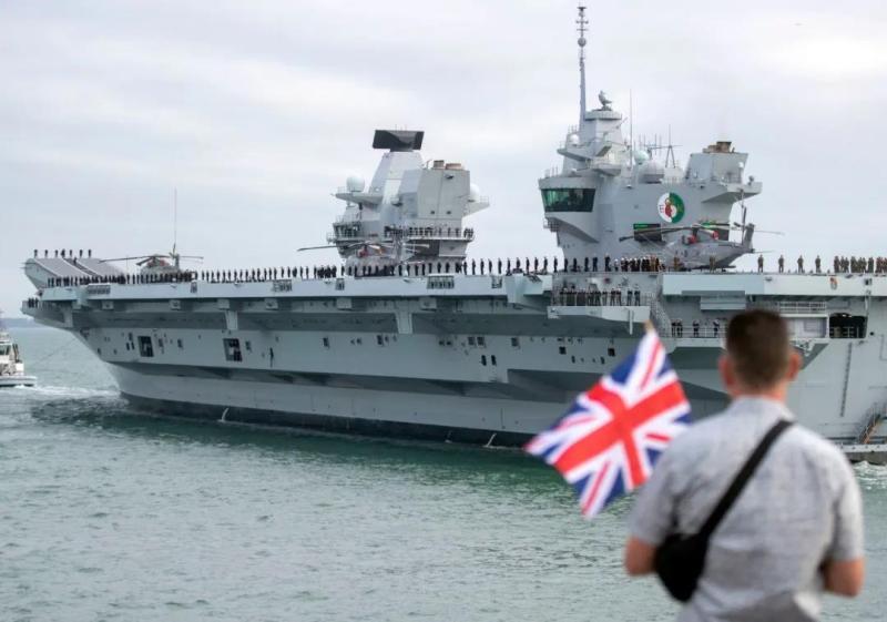 英国军舰昨天穿越台海,蓄谋已久!