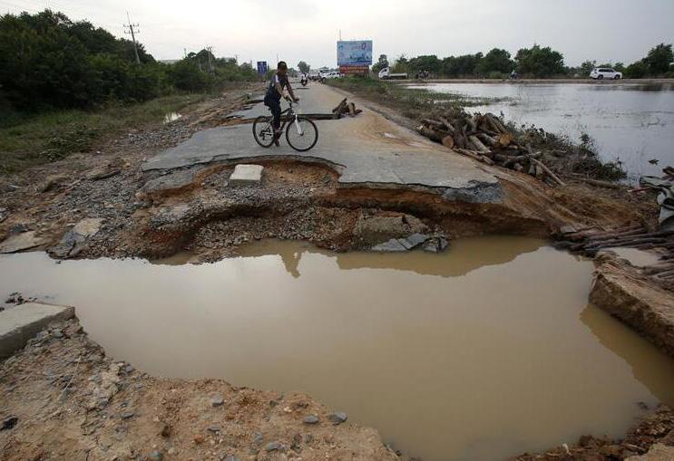 柬埔寨洪灾已致44人死亡