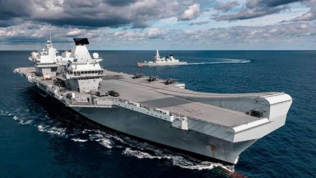 英航母驶入南海炫耀 港媒警告赌博或导致对抗