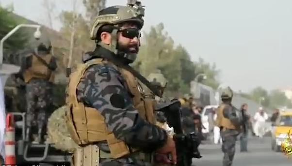 """塔利班""""特种部队""""亮相:无头巾 装备先进!"""
